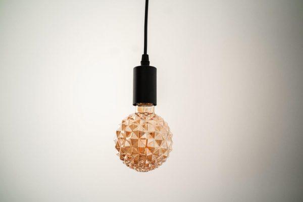 E27, 8W, (720Lm) LED spuldze Filament Retro Amber Crystal, G95, silti balta gaisma, 2500K