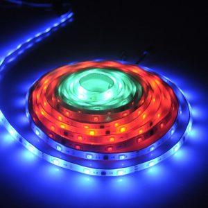 LED lente MAGIC RGB, 24W, 5m, IP65,108 apgaismojuma funkcijas - komplekts: lente, barošanas avots, kontrolieris un tālvadības pults